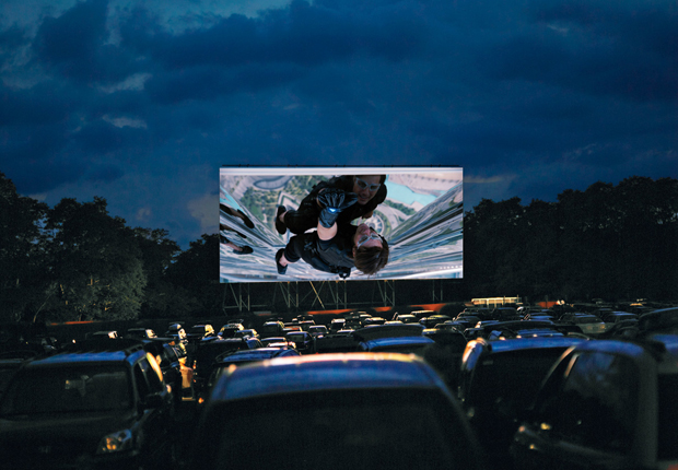 Rare Drive In Movie Theaters Worth Visiting Improv Traffic School