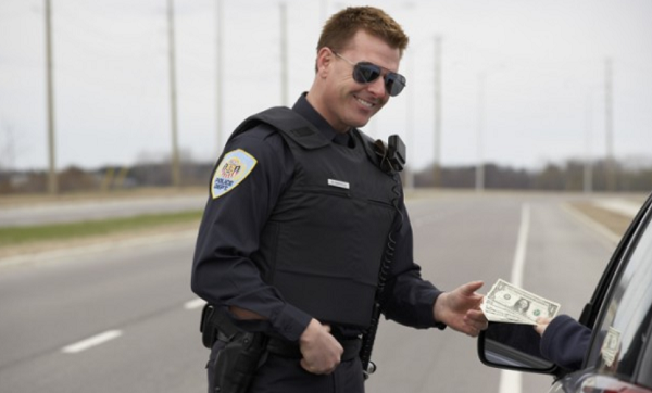 5 No-Fuss Ways to Get Out of a Traffic Ticket | By MyImprov